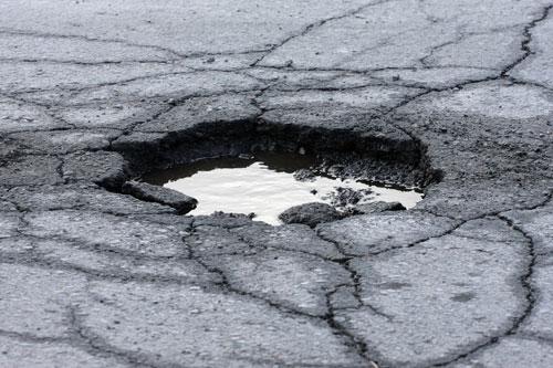 asphalt-pothole